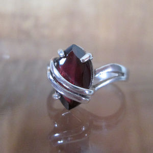 Vintage Marquise Cut Garnet Solitaire Silver Ring